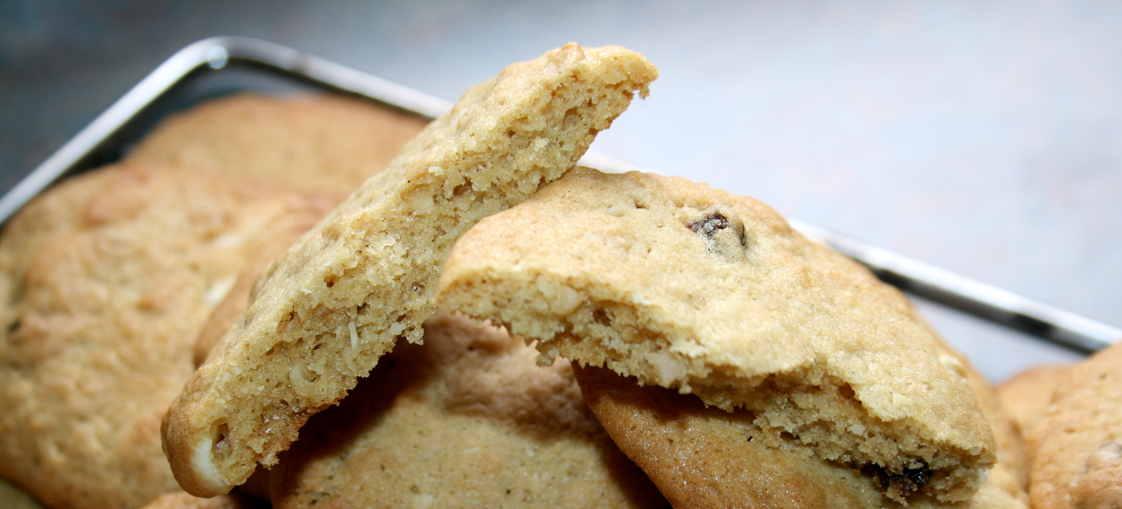 Cinnamon White Chocolate Oat Cookie Recipe
