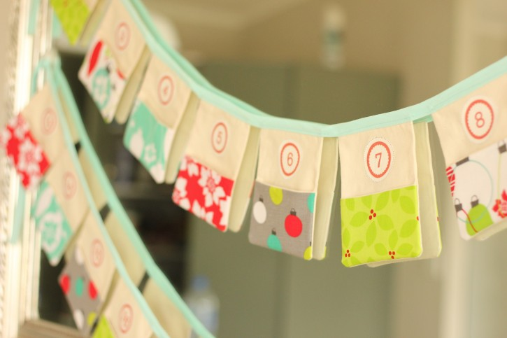 Show and Tell | Christmas Advent Calendar Bunting