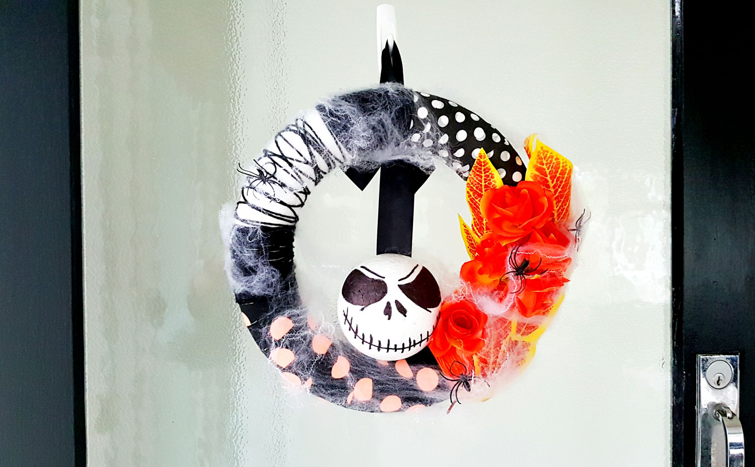 DIY - Nightmare Before Christmas Halloween Wreath - The Best Nest-