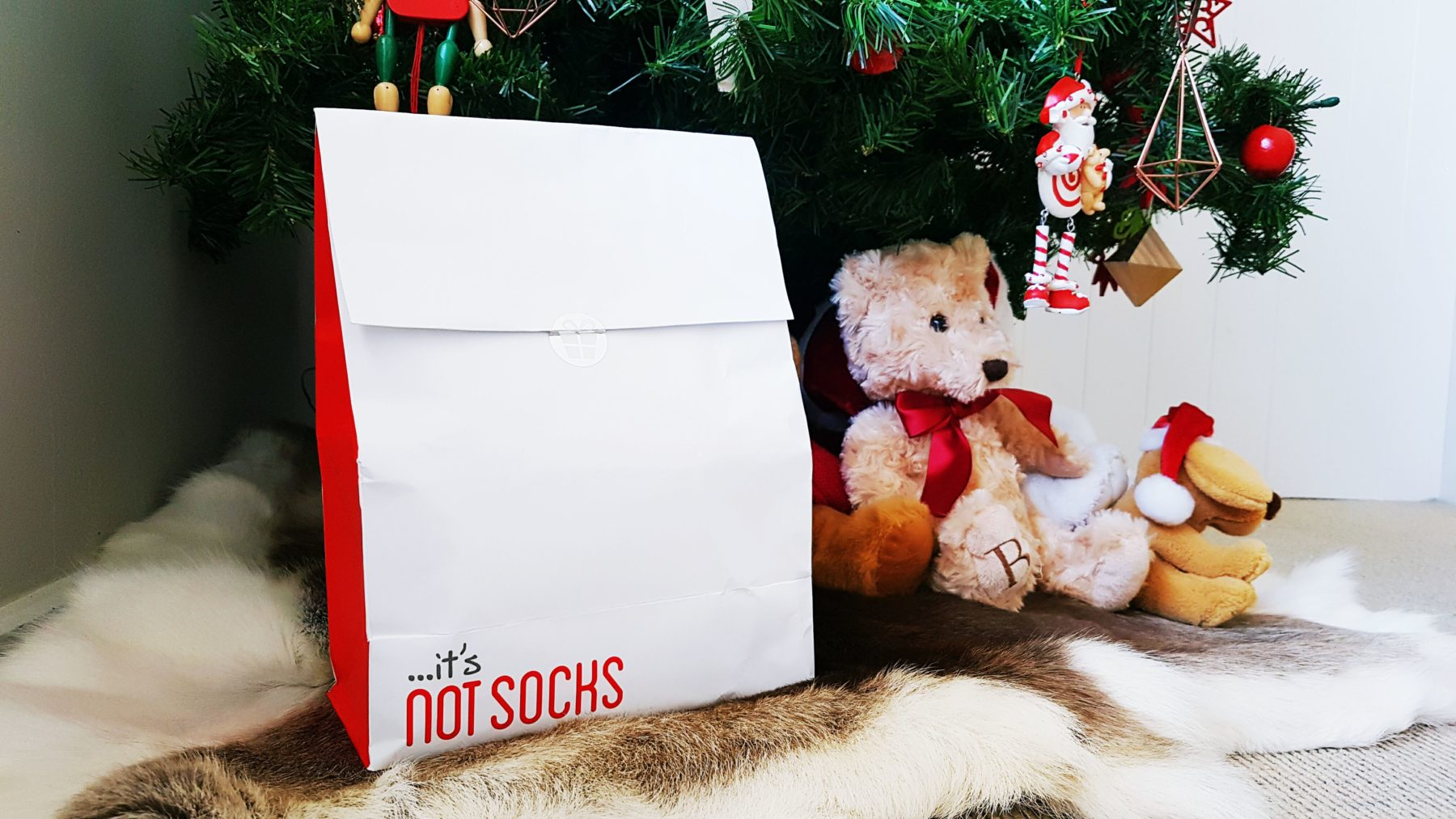 The Ultimate Under $20 Gift Guide